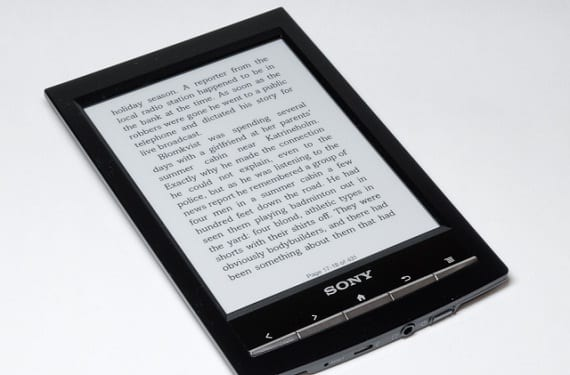 Modelo negro Sony PRS-T1