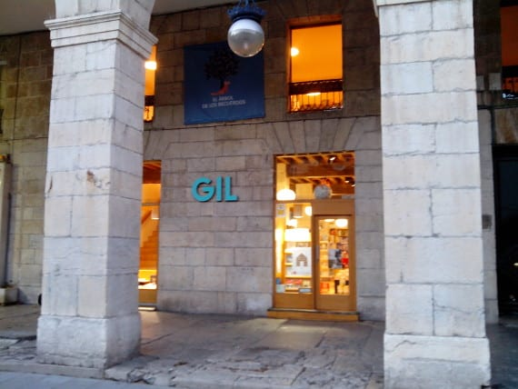 Librería Gil, premio Librería Cultural 2013 de CEGAL