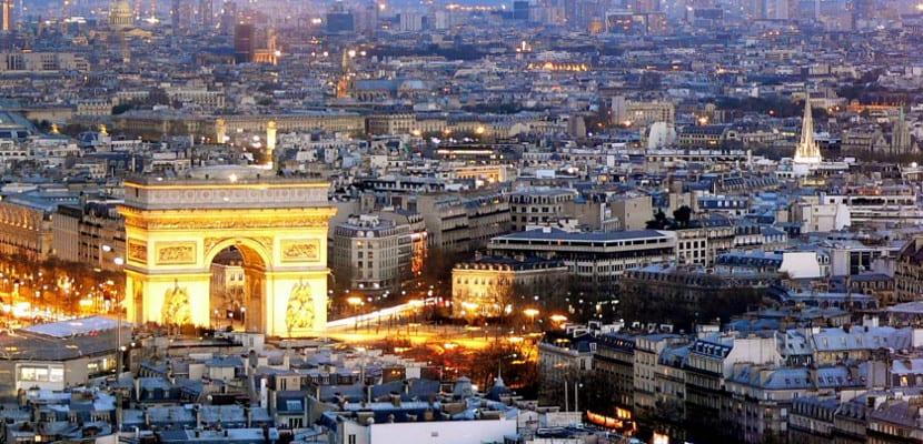 ¿Está influyendo el gobierno francés en el mercado del ebook?