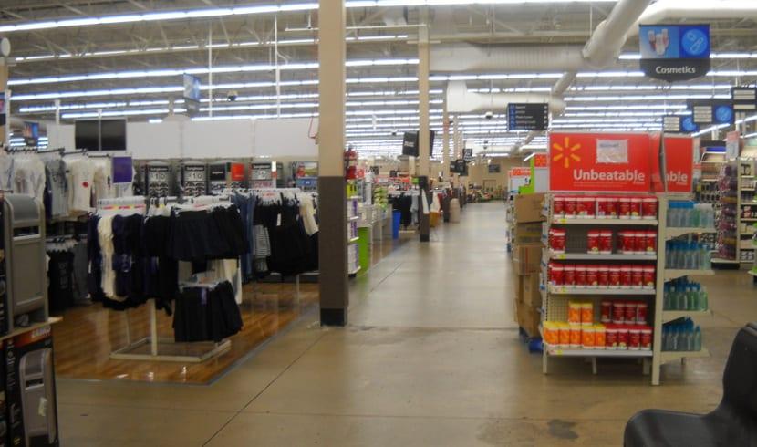 Interior de Walmart