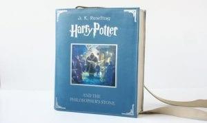 Bolso de portada del libro
